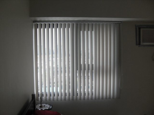 Advantage Of Pvc Vertical Blinds Compare To Window Curtains