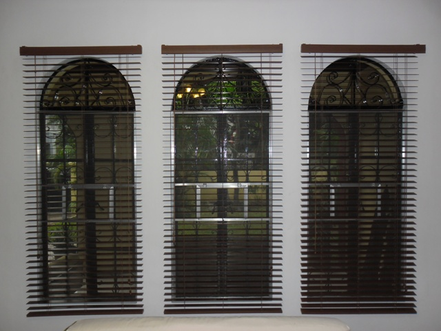 Faux Wood Blinds ( Cherrywood )