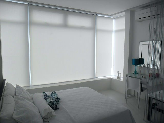 Roller Blinds and the Effect of Prominent White Color into Home ...