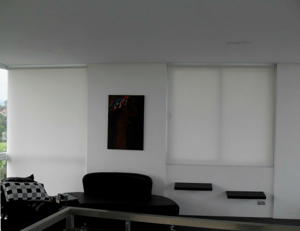 Roller Blinds For Black And White Simple Home Interior Las Pi As City