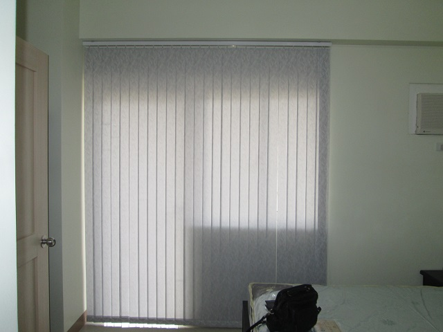Fabric Vertical Blinds for Sliding Glass Doors / Patio Doors