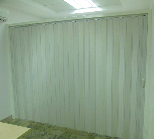 Installation of Accordion Door at Mandaluyong City, Philippines