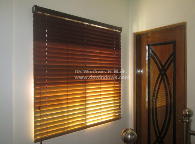 Combining Different Colors for Wood Blinds