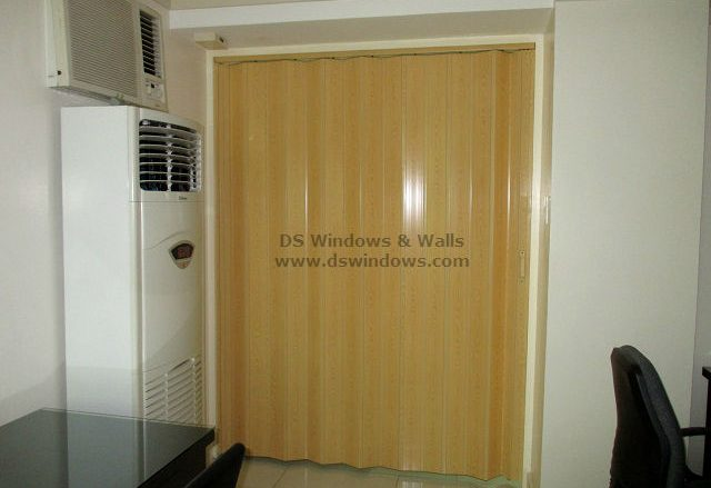 Accordion Door As An Ideal Home Secondary Door - Parañaque