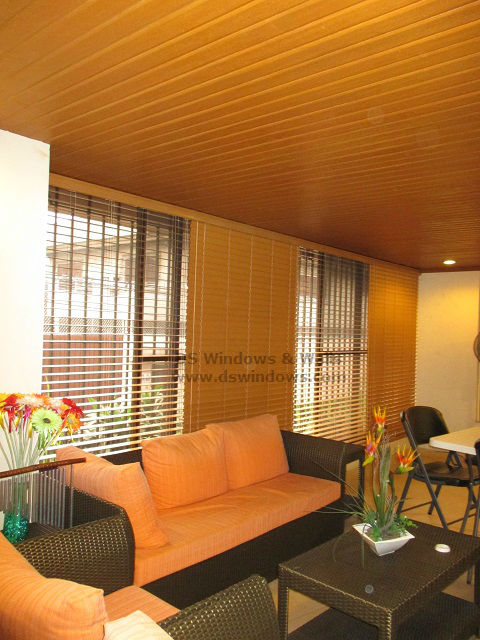 Cedar foam wood blinds with ceiling plank living room design taguig city for Ceiling lights for living room philippines