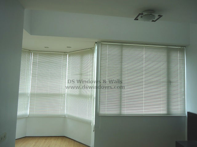 Rust Resistant Aluminum Blinds for Curved Bay Window