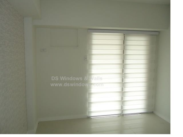 white-pleated-style-combi-blinds