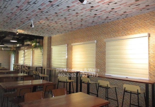 Duo shade blinds for restaurants